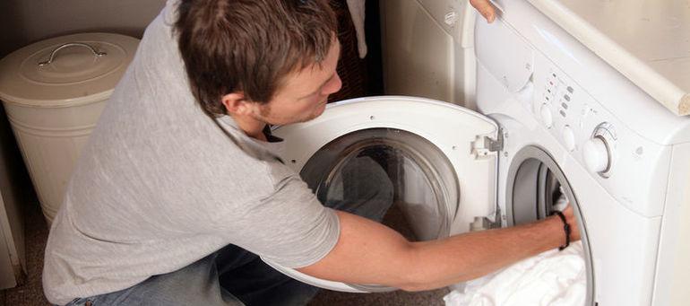 Как правильно стирать занавеску в ванной комнате ручным и машинным способом