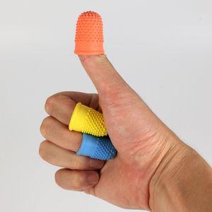 Наперстки для уберегут пальцы во время валяния