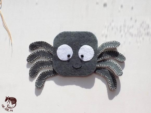 Мимимишный паучок из фетра