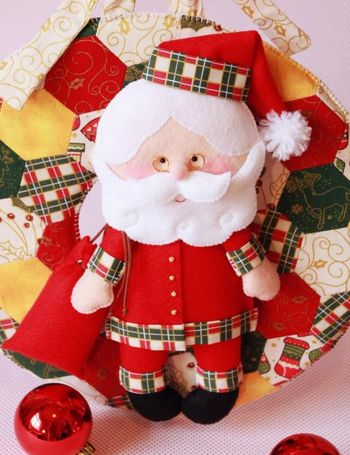 Яркий фетровый Санта Клаус автора Fernanda Lacerda