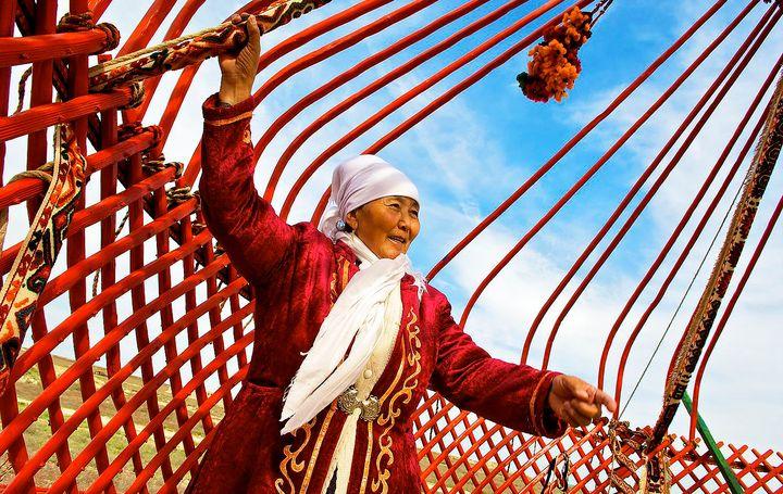 Миниатюра к статье История валяния шерсти: от Ноева ковчега до наших дней