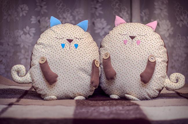Подушки коты своими руками на любой вкус. Выкройки 72