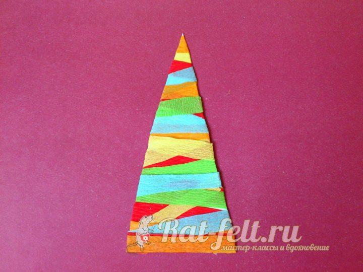 цветной треугольник у форме елочки