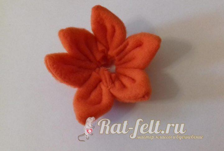сшиваем цветок