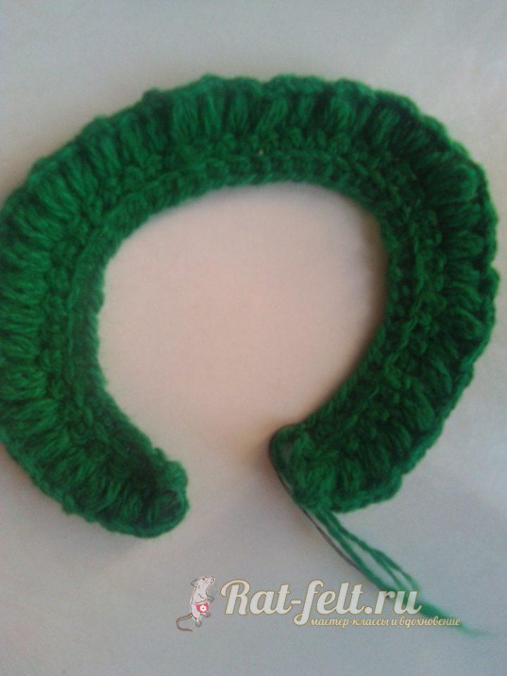 вяжем зелеными нитками