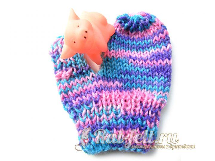 вязаная рукавица для малыша