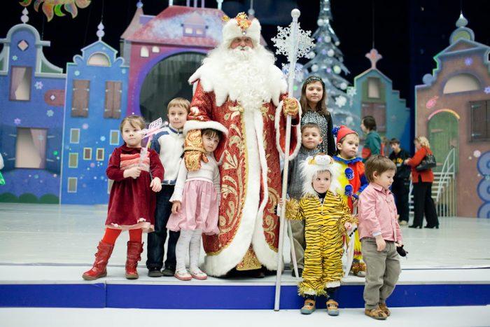 Выбор новогодней постановки для детей