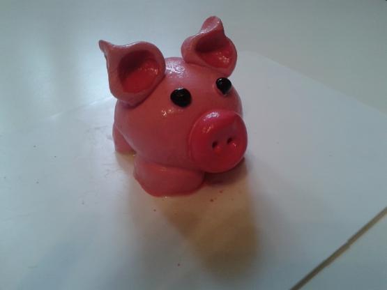 Свинка из соленого теста