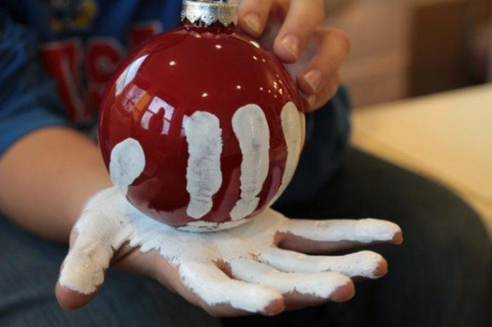 Игрушка с отпечатком руки
