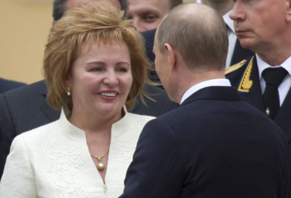 Владимир Путин биография личная жизнь семья жена дети фото