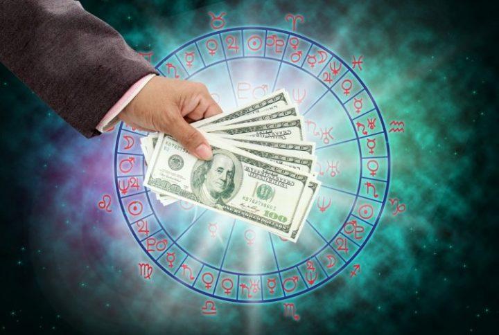 какие знаки разбогатеют в 2019