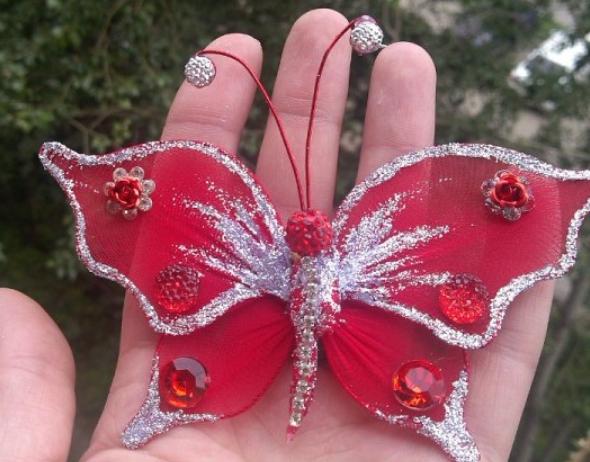 Нежные бабочки из капроновых колгот: мастер-класс