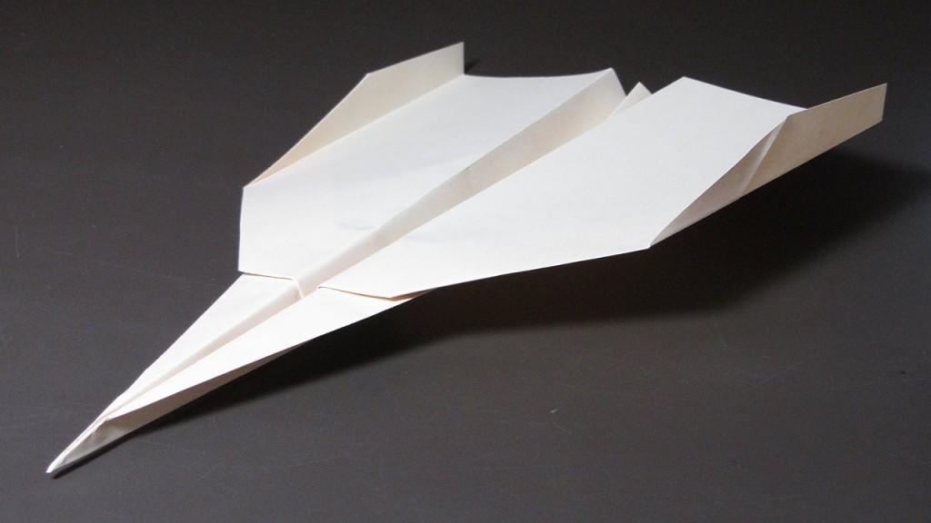 paper-airplane-that-flies-far-paper-planes-how-to-make-a-paper-airplane-that-flies-far-paper Как сделать бумажный самолетик своими руками который долго летает и легко делается?
