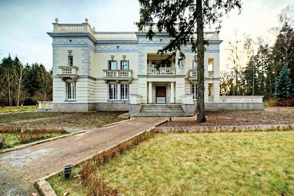 Иван Ургант Дом
