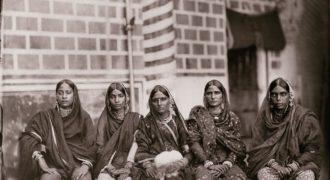 Миниатюра к статье Реальные портреты жен индийского махараджи: красавицы?