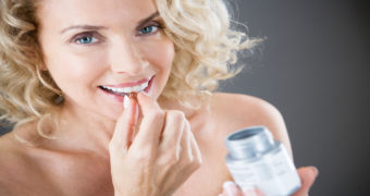 Миниатюра к статье 12 необходимых витаминов для женщин после 40 лет