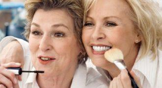 Миниатюра к статье Макияж для женщин после 50 лет: как выглядеть моложе