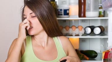 Миниатюра к статье 5 простых способов мгновенно уничтожить запах пищи в доме