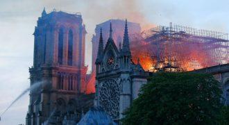 Миниатюра к статье Последние новости пожара в Соборе Парижской Богоматери
