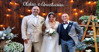Миниатюра к статье Фото со свадьбы Потапа и Насти Каменских