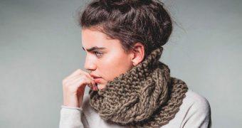 Миниатюра к статье Как связать снуд хомут, круговой шарф, спицами своими руками