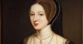 Миниатюра к статье Чем на самом деле Анна Болейн поразила короля (фото)