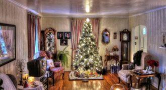 Миниатюра к статье Украшение комнаты на Рождество своими руками: идеи с фото