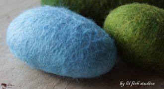 Миниатюра к статье Как свалять камень из шерсти