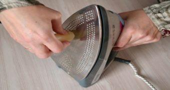 Миниатюра к статье Как быстро и самостоятельно очистить подошву утюга