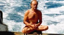 Миниатюра к статье Как сложилась жизнь советского йога, сбежавшего с круизного лайнера и плывшего 3 ночи и 2 дня