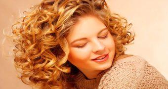 Миниатюра к статье Биозавивка на средние волосы (фото до и после)