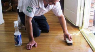 Миниатюра к статье Как эффективно очистить линолеум от грязи, жира и пятен