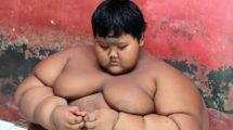 Миниатюра к статье Мальчик, который весил почти 200 кг, вырос и похудел (фото)