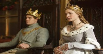 Миниатюра к статье 13 сериалов, которые заменят «Игры престолов»