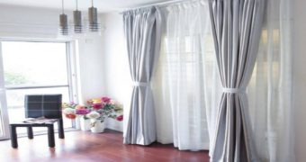Миниатюра к статье Как красиво повесить шторы, чтоб дом стал уютней: важные советы