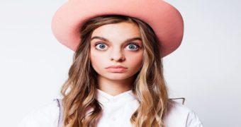 Миниатюра к статье На Украине живет девушка с огромными глазами (фото)