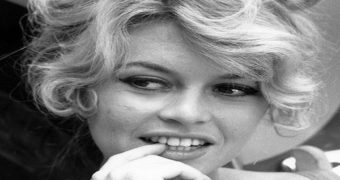 Миниатюра к статье 6 знаменитостей с ужасными зубами