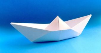 Миниатюра к статье Как cделать кораблики из бумаги