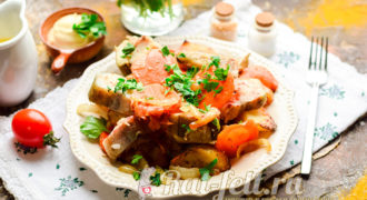 Миниатюра к статье Как вкусно запечь минтай с картошкой в духовке