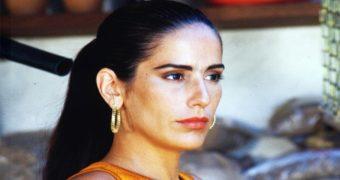 Миниатюра к статье Как сейчас выглядит 56-летняя «тропиканка» Глория Пирес
