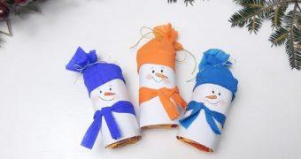 Миниатюра к статье Объемный снеговик своими руками на Новый год из бумаги