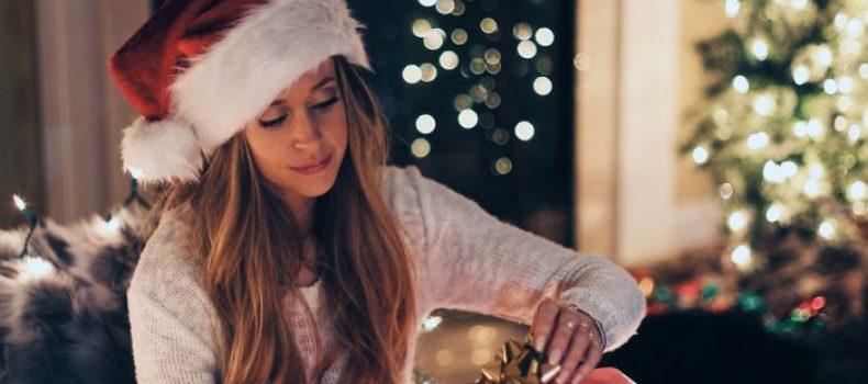 Миниатюра к статье Недорогие и оригинальные подарки подруге на Новый год