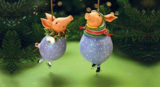 Миниатюра к статье Новогодние поделки своими руками на 2019 год Свиньи из всякой всячины