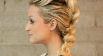 Миниатюра к статье 7 лучших повседневных причесок на каждый день на средние волосы