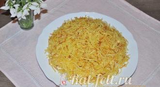 Миниатюра к статье Салат «Блондинка» с жареной картошкой