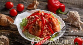 Миниатюра к статье Салат «Красное море» с крабовыми палочками и помидорами