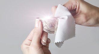 Миниатюра к статье Быстрая и эффективная чистка изделий из серебра с позолотой
