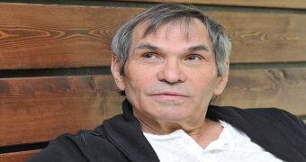 Миниатюра к статье Бари Алибасов инсценировал отравление