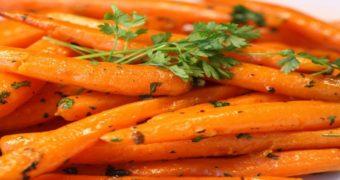 Миниатюра к статье Почему варёная морковь полезнее сырой