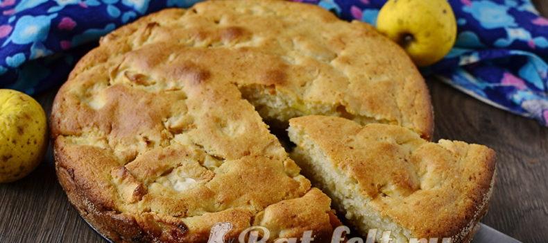 Миниатюра к статье Яблочный пирог на кефире — вкуснее и проще, чем Шарлотка